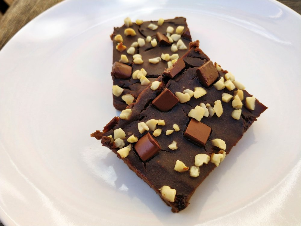 Healthy dairy free, soy free, sugar free brownies for picky eaters