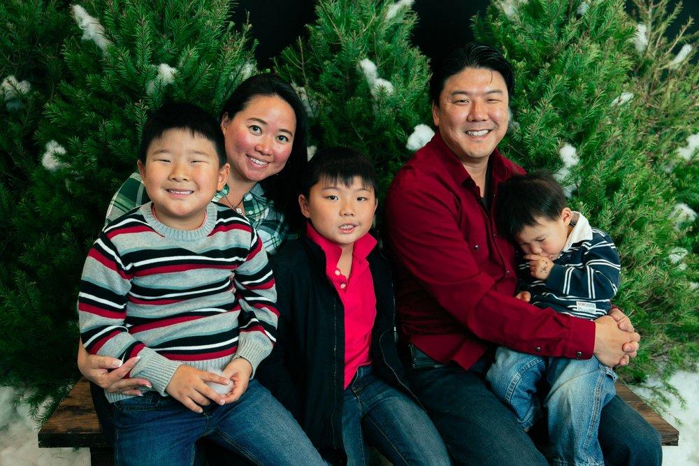 12_ChristmasForGwinnett_Sat_.jpg