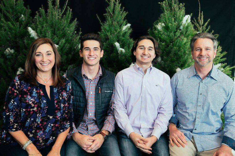 14_ChristmasForGwinnett_Sat_.jpg