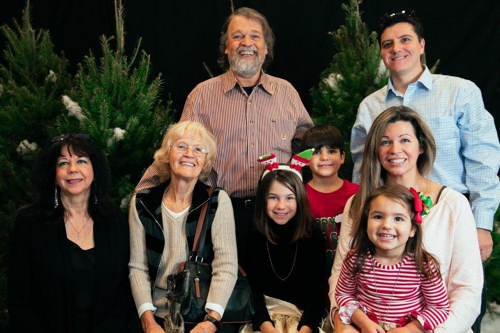 69_ChristmasForGwinnett_Sat_.jpg