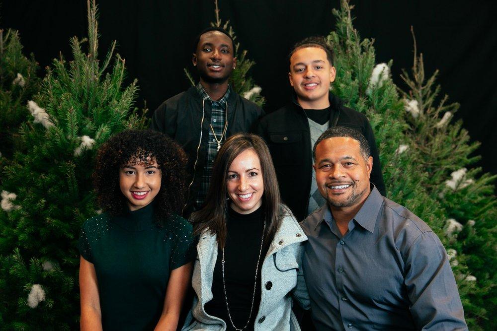 111_ChristmasForGwinnett_Sat_.jpg