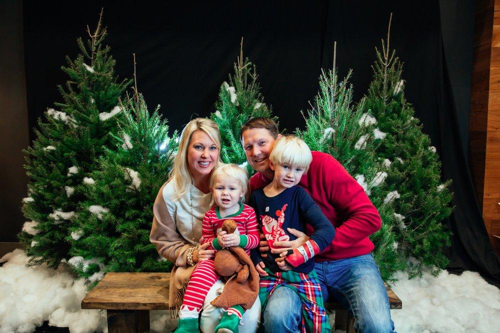132_ChristmasForGwinnett_Fri_.jpg