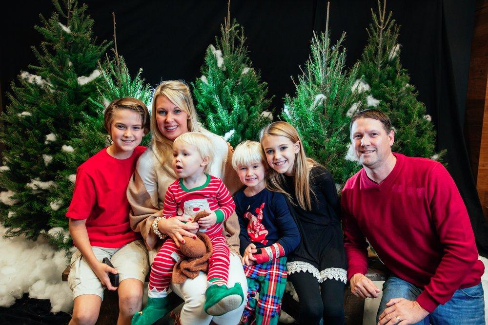 133_ChristmasForGwinnett_Fri_.jpg