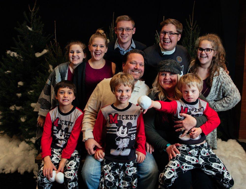 246_ChristmasForGwinnett_Sat_.jpg