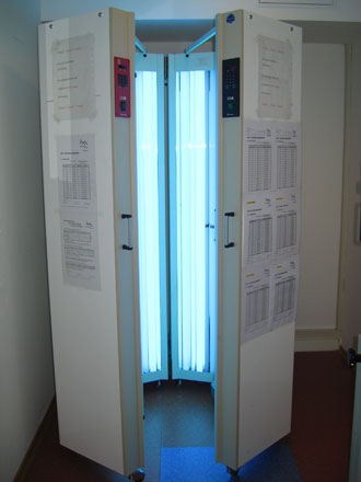 UV-Ganzkörperbestrahlungsgerät (Lichtkabine) UVA/UVB
