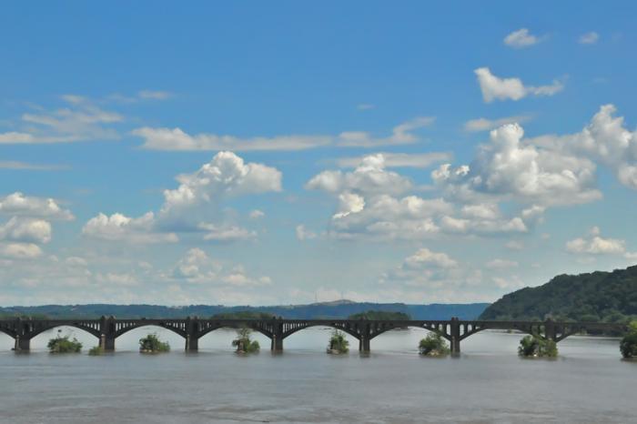 columbia-bridge.jpg