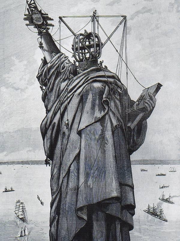 Montage-de-la-statue (1).jpg