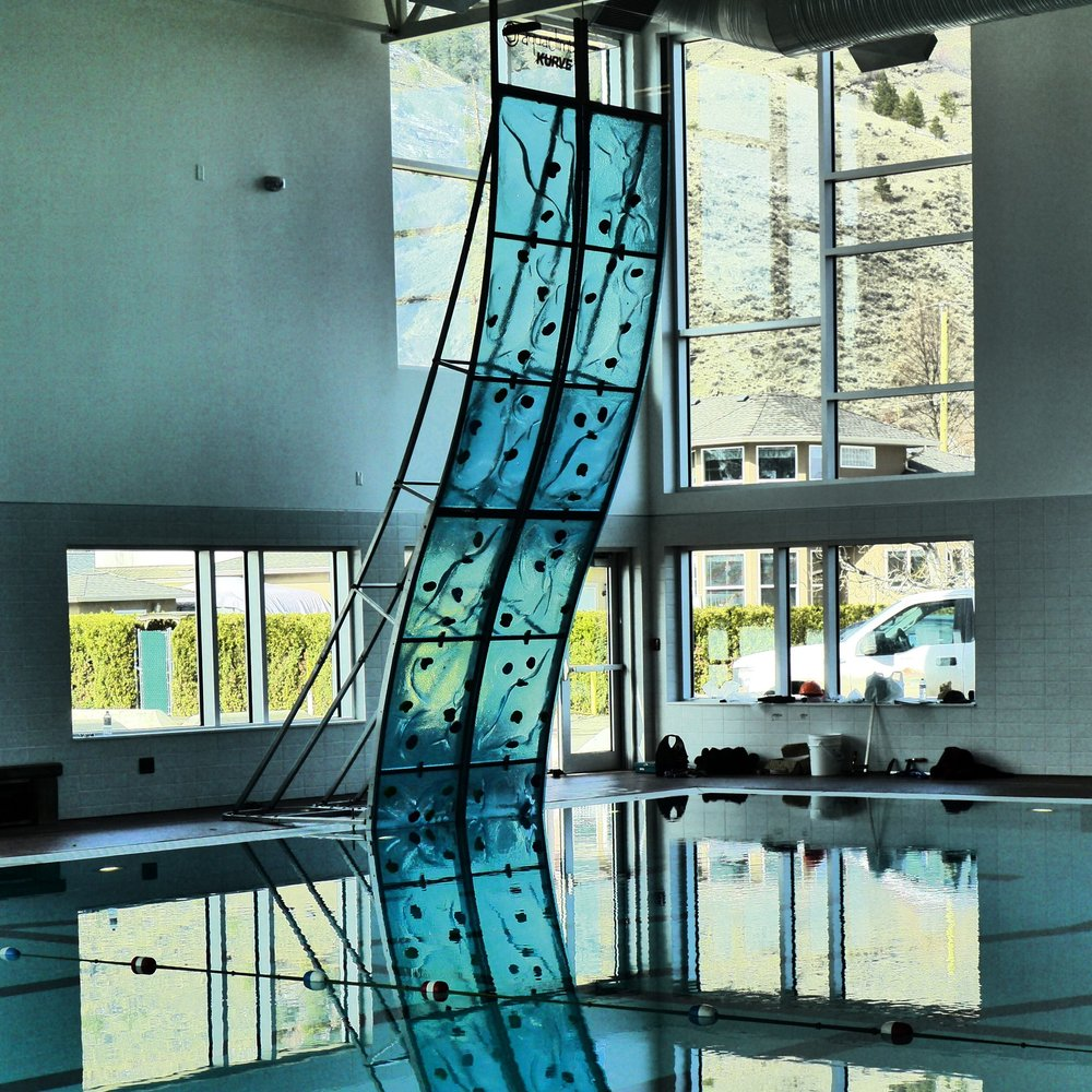 AquaClimb®KURVE - An innovative wave-like frame with customized wall sizes!
