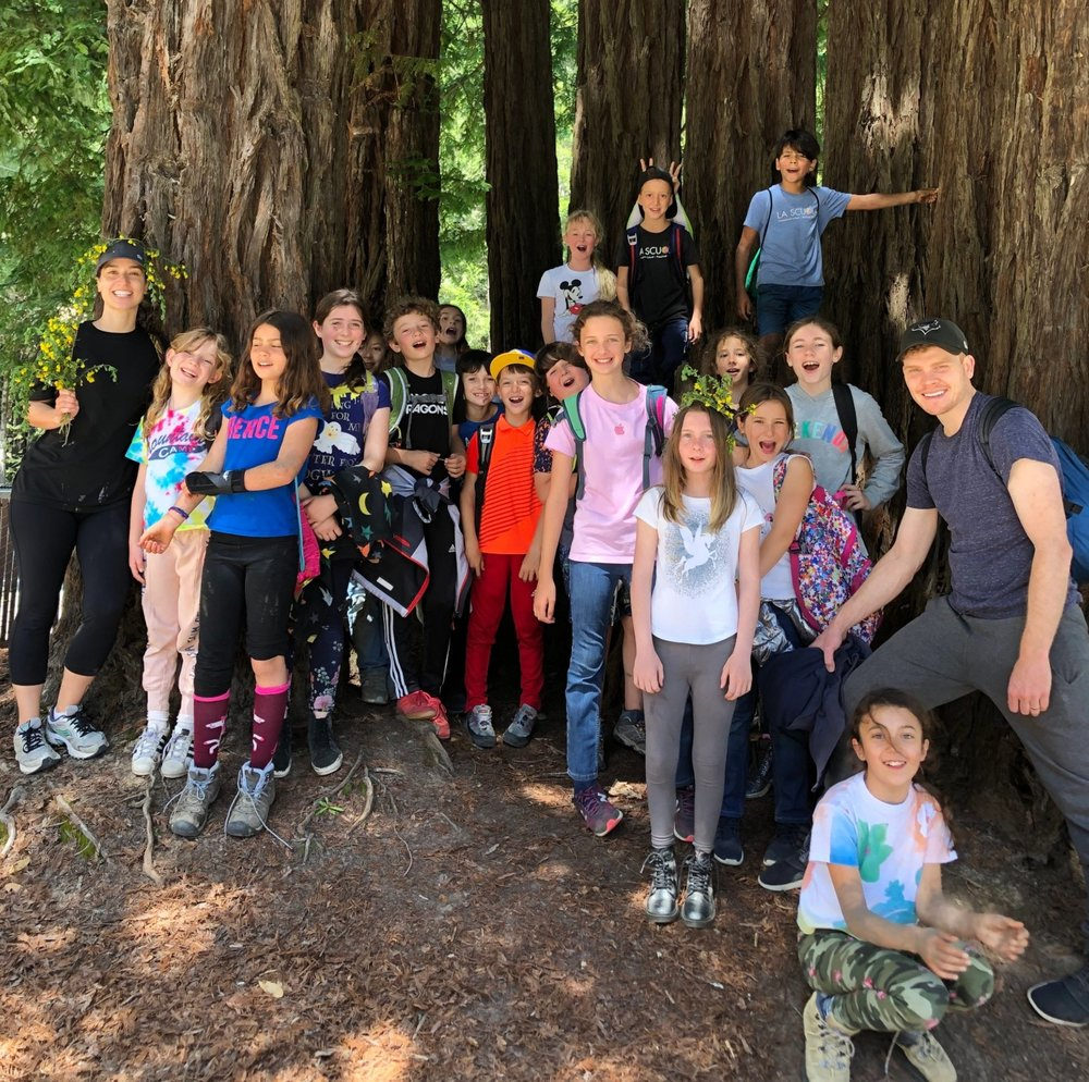 Melina & Michael-James with grade 4-5 in the Redwoods!