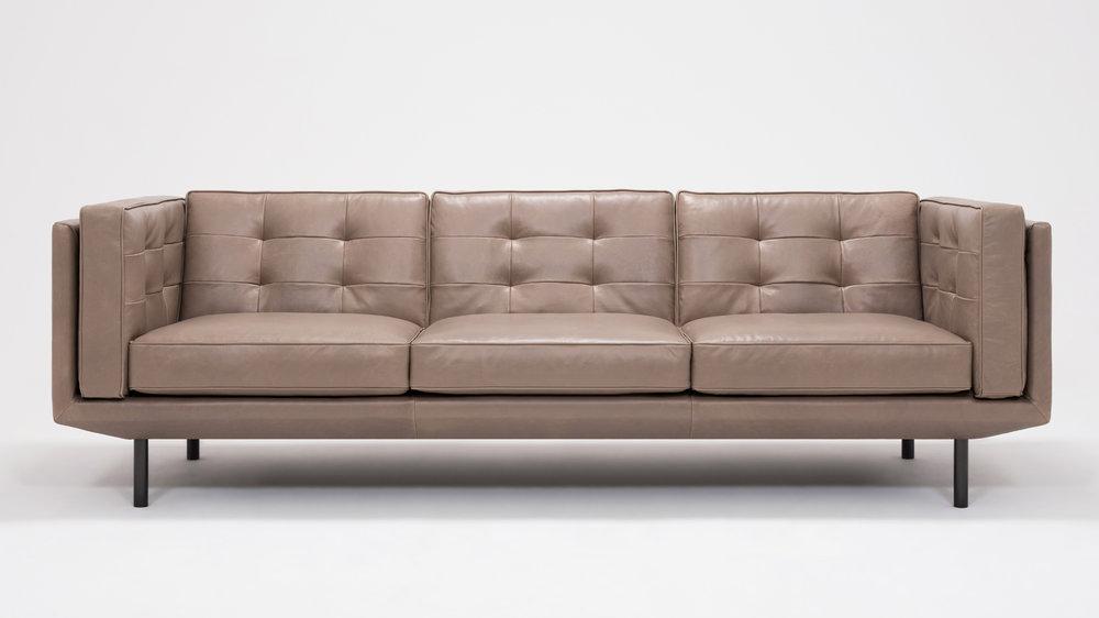 """Plateau 94"""" Sofa"""