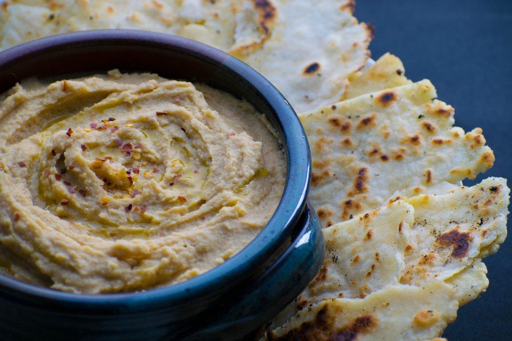 Best Tahini-Free Hummus | shutupeatthis.com