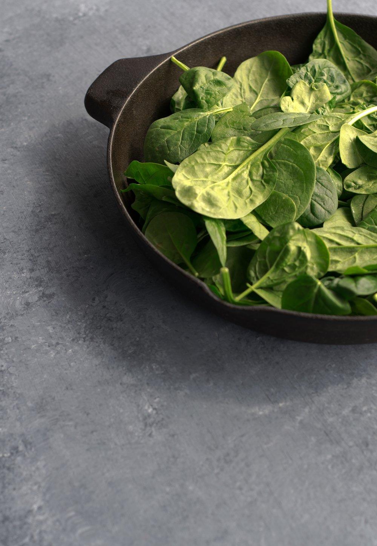 Spinach & tomato quesadilla   shutupeatthis.com