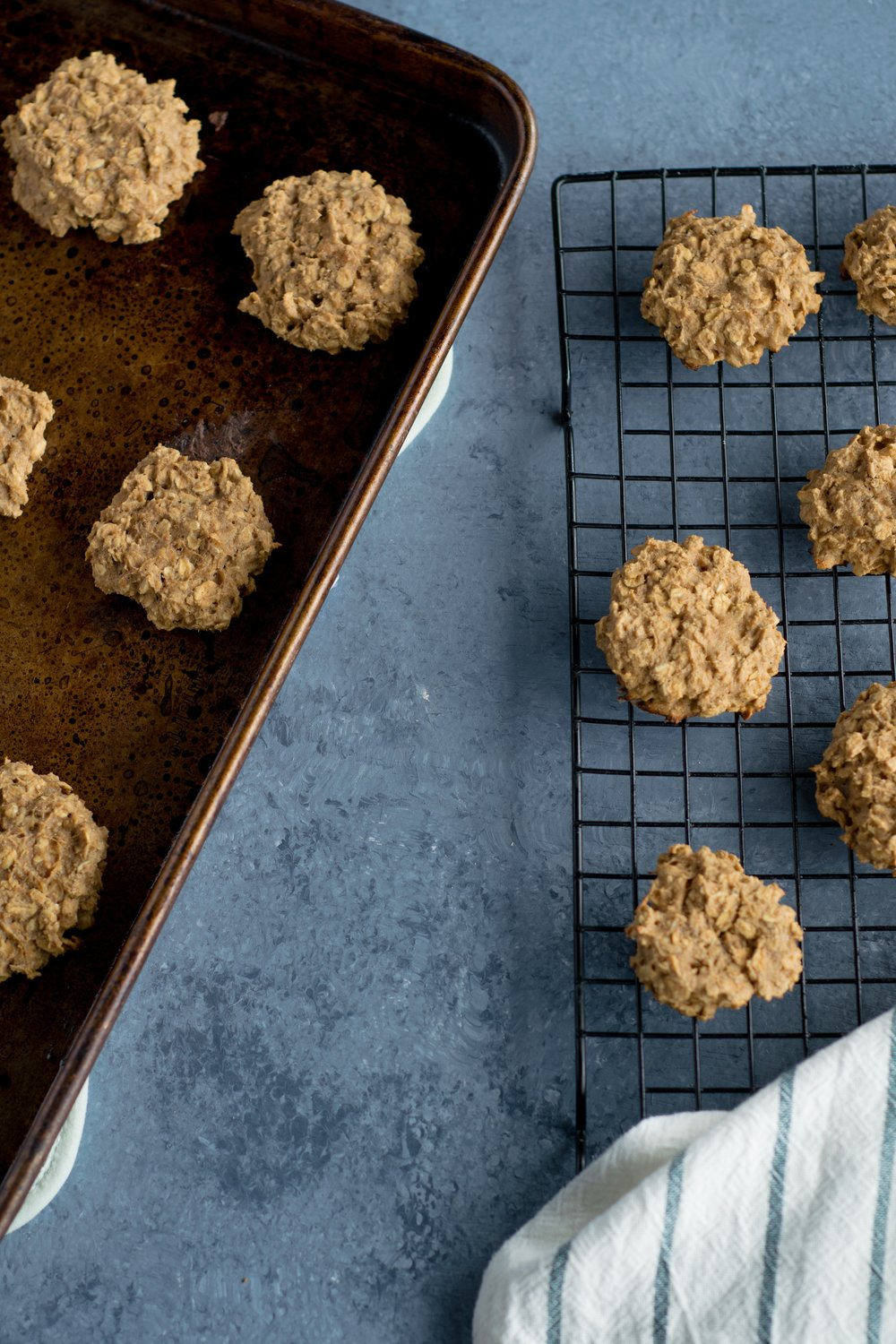 Cashew butter oatmeal cookies | shutupeatthis.com