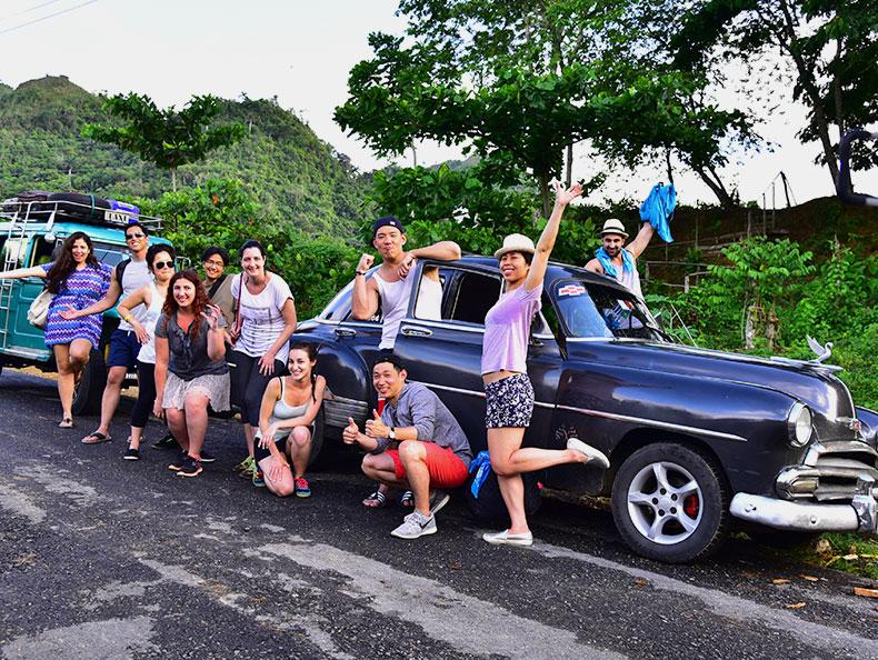Cuba-Convertible-car-private-tour.jpg
