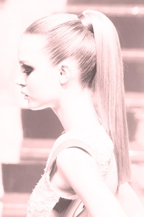 ponytail copy.jpg