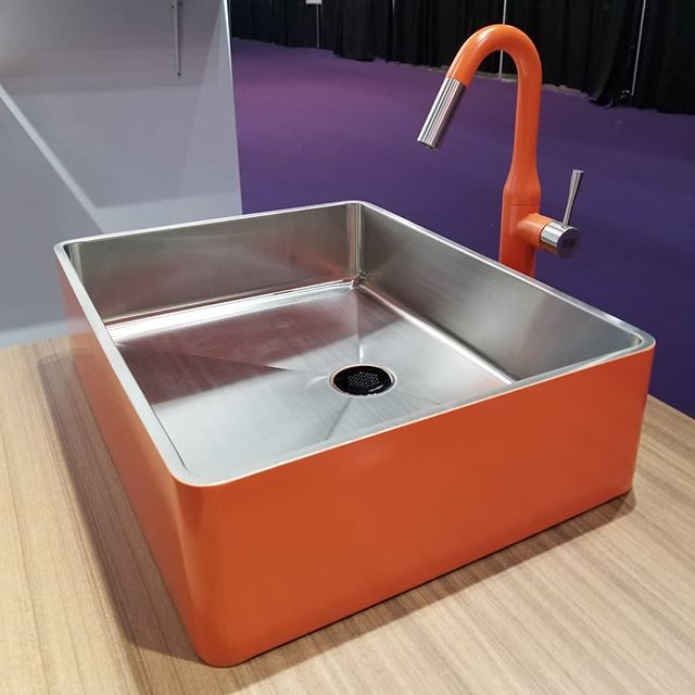 Another little diddy from @kbis_official. Color, color everywhere. Would you dare? #orange #fabulous #designhoundskbis