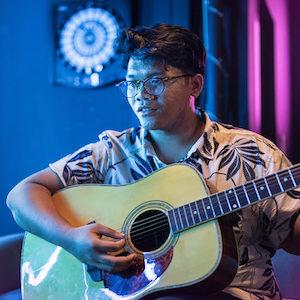 Umar Sirhan   (Singer-Songwriter)  2.30pm to 3.15pm