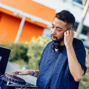 Muto   (DJ)  8.30pm to 9.30pm