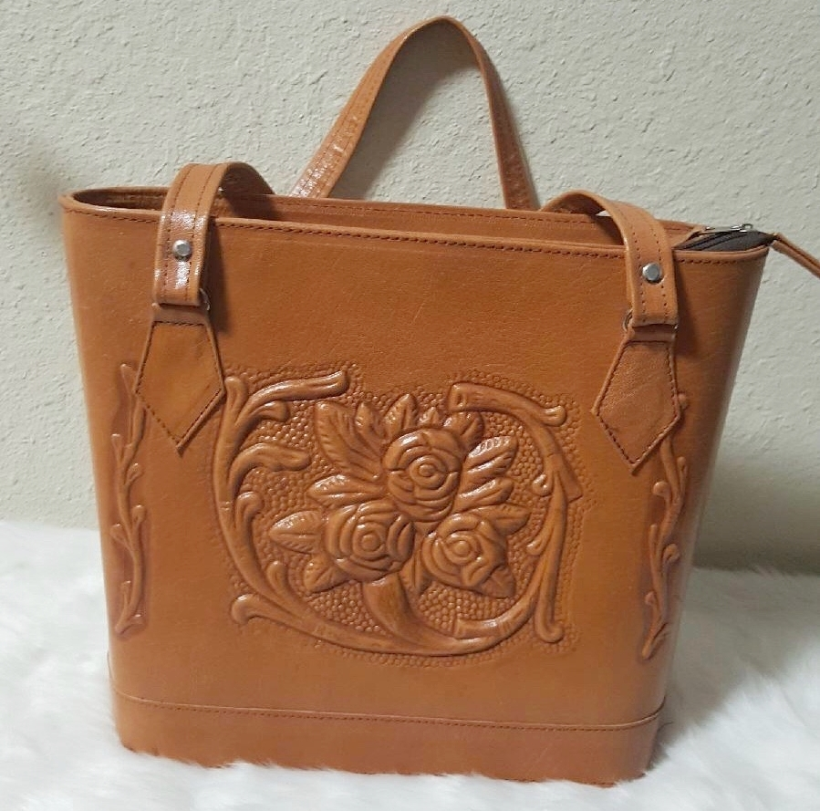 Handbags, Wallets & Belts -