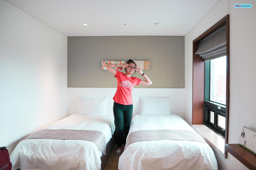 jenny and tina at robero hotel, jeju island