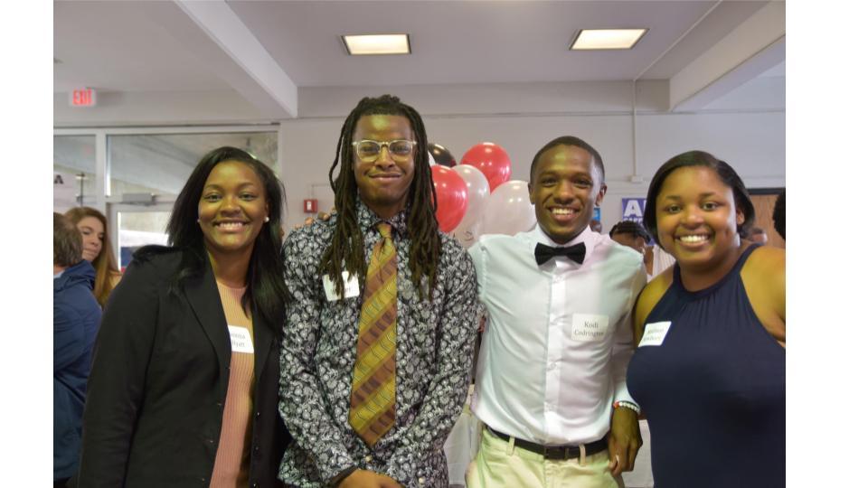AlumniCenterAwards3.jpg