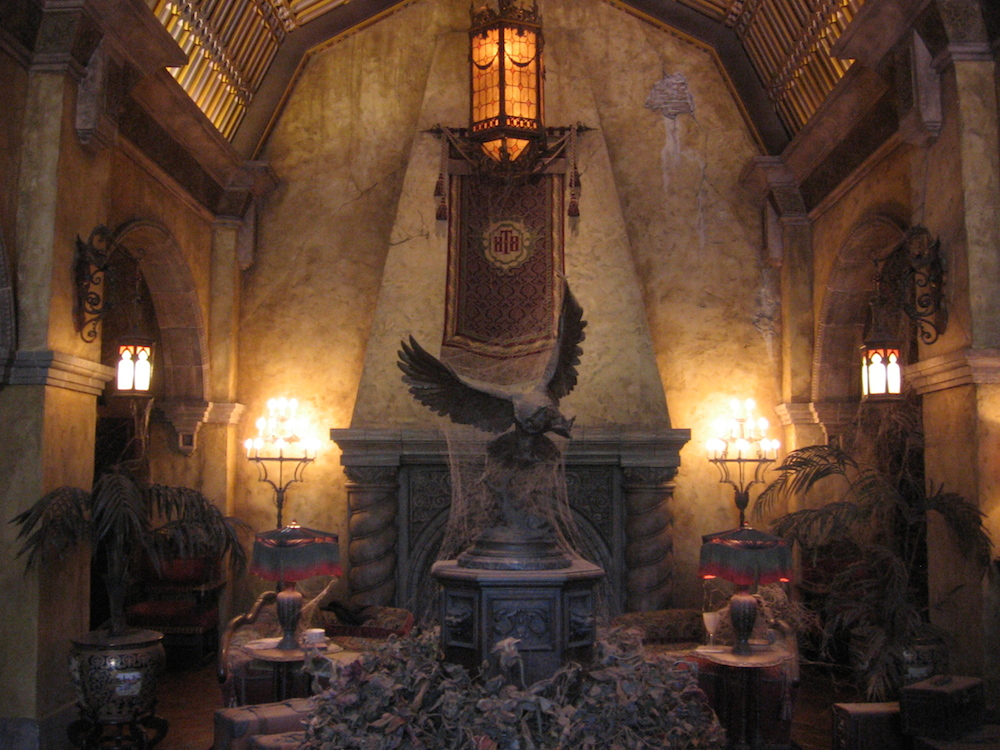 The_Twilight_Zone_Tower_of_Terror--Hotel_Lobby