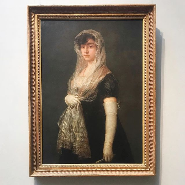 Happy Monday! Hope y'all are treating yourself to something you love. Like this lady and her veil. (She is having a moment!) 📣📣📣⠀ ⠀ Monday's are always a difficult time to transition from the weekend into working again. Why not do it in style! (A la lady in portrait) or whatever you find fun. Wanna find out what drives your sense of fun? Take this fun personality quiz in the link in my bio to find out! 📝