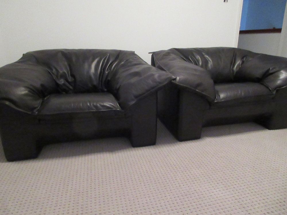 Black chairs after.JPG
