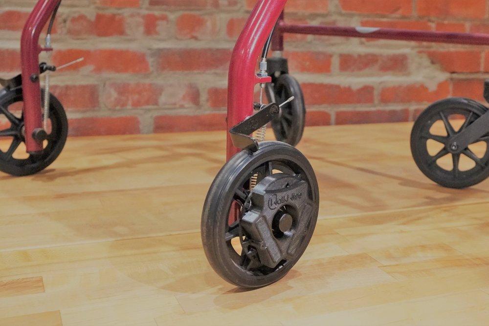 rollator+all+wheels+rotated+and+sahara.jpg