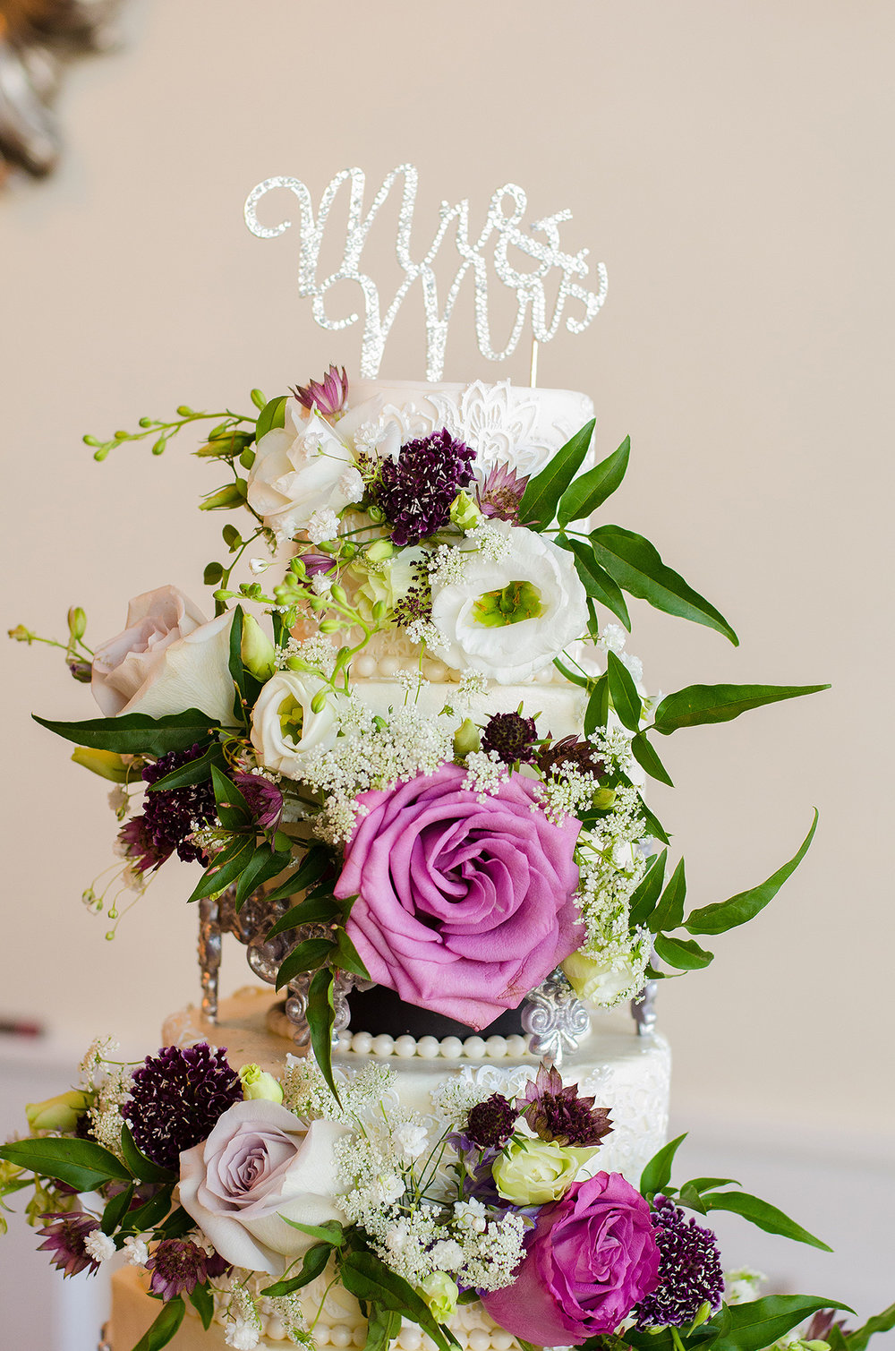 S WEET OLIVE WEDDINGS | A CAKE FOR YOU CINCINNATI | CINCINNATI CUSTOM CAKES | DAYTON WEDDING PLANNING