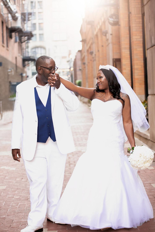 M EGAN NIXON PHOTOGRAPHY | 21C MUSEUM HOTEL CINCINNATI | SAY I DO LOVE WEDDINGS AND EVENTS | CINCINNATI WEDDINGS