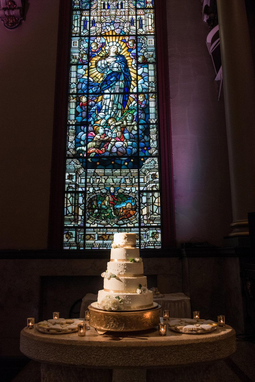 bell event centre wedding, cincinnati wedding, bonbonerie cakes, bell event center, cincinnati bride