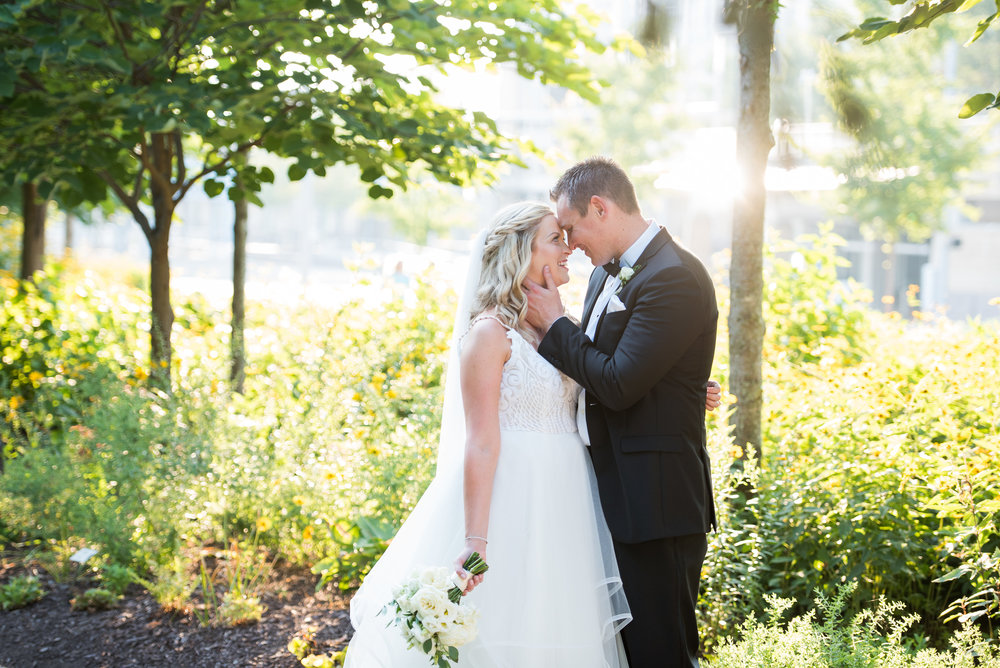 cincinnatiwedding-ohioriver