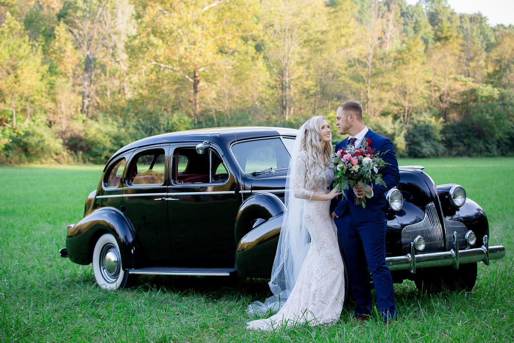 VINTAGE CAR - CINCINNATI WEDDING PLANNER - BRIDE AND GROOM