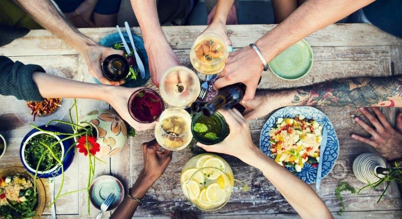 bigstock-Food-Table-Healthy-Delicious-O-92994914-1100x600.jpg