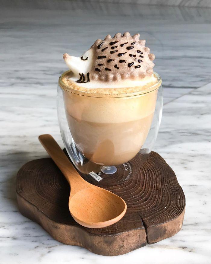 Cold 3D Latte Art via Colourful Rebel