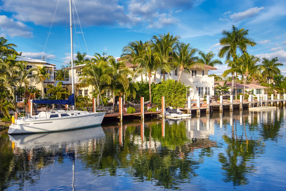 Homes with Sailboat Water -