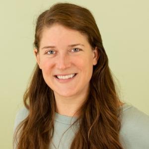 Kristen Lamarre    Yoga Teacher