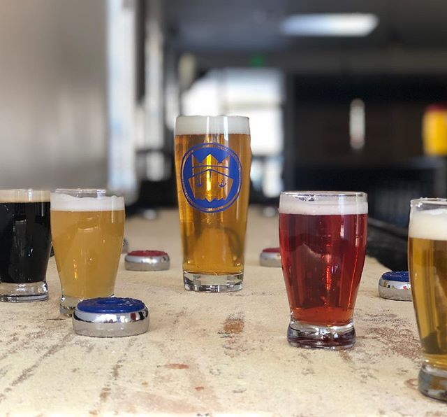 And then it was the First Friday in March...join us for #rivieravillagefirstfridays and enjoy our Flight+Pint special for $15. Please note this definitely helps your shuffleboard game 🤣. #kingharborbrewing #beerflights #pintofbeer #southbay #rivieravillage #kingharborvillage #craftbeer #redondobeach