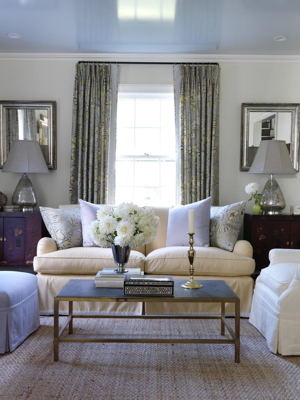 Living_Room_0118.jpg