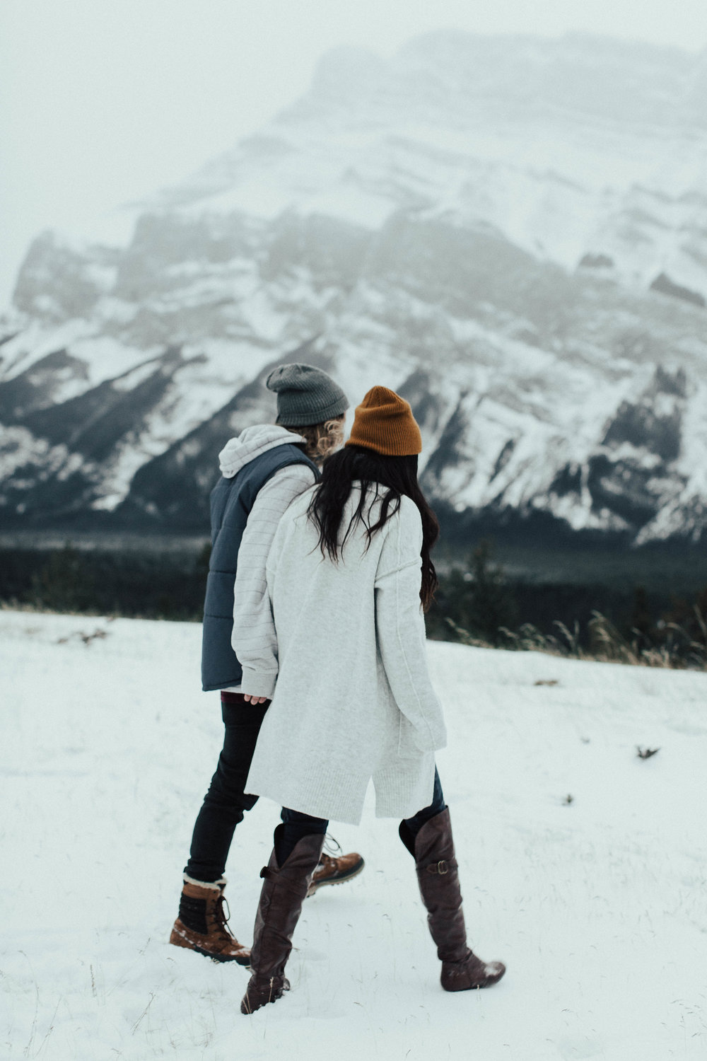 Banff Engagement Photographer - Winter Mountain Adventure Engagement Session - Michelle Larmand Photography-001