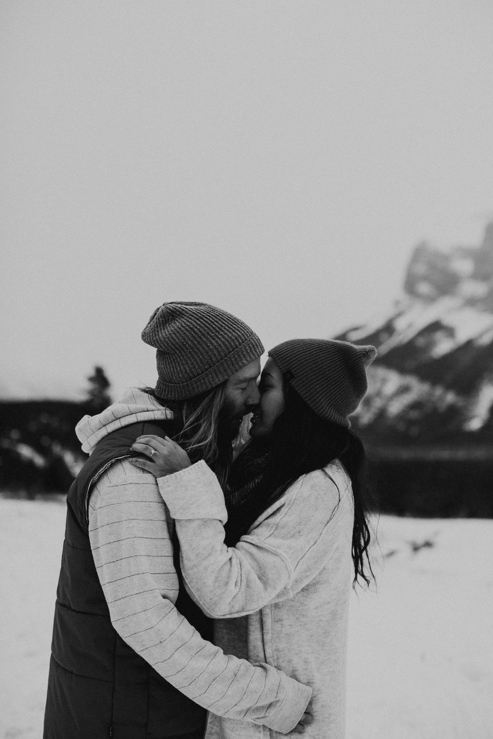Banff Engagement Photographer - Winter Mountain Adventure Engagement Session - Michelle Larmand Photography-004