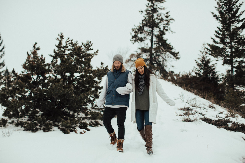 Banff Engagement Photographer - Winter Mountain Adventure Engagement Session - Michelle Larmand Photography-014