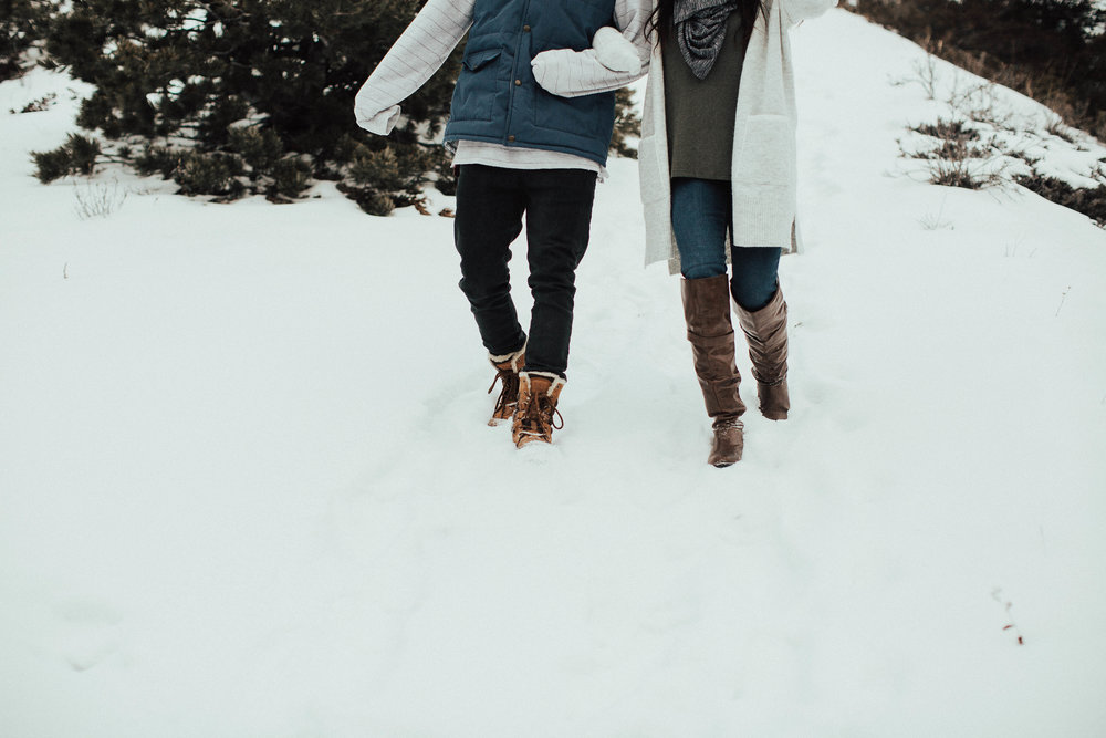 Banff Engagement Photographer - Winter Mountain Adventure Engagement Session - Michelle Larmand Photography-015
