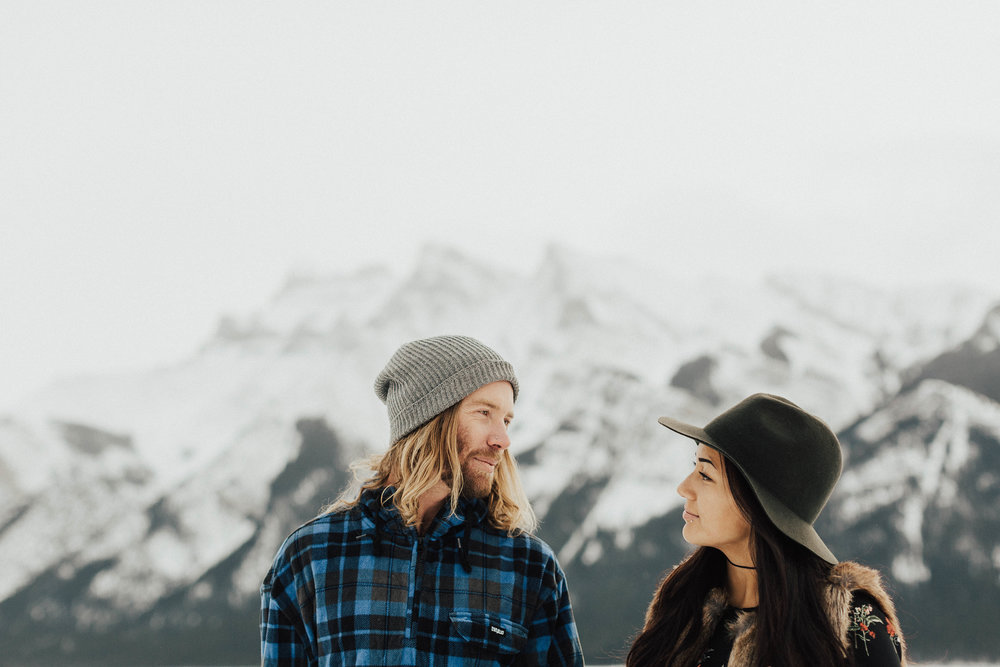 Banff Engagement Photographer - Winter Mountain Adventure Engagement Session - Michelle Larmand Photography-038