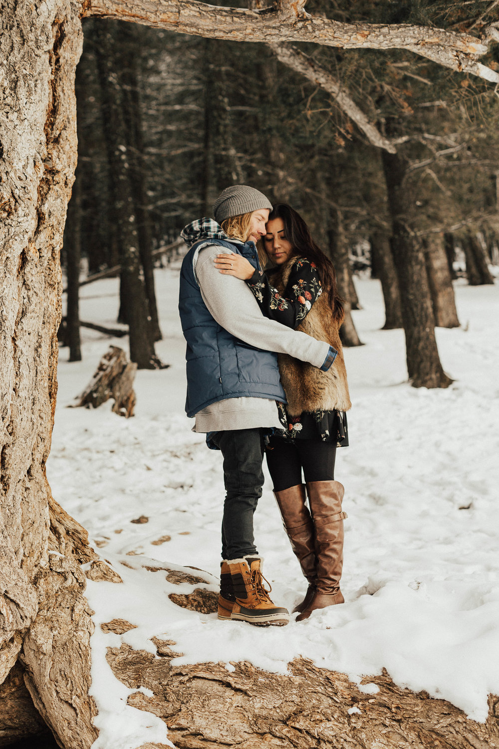 Banff Engagement Photographer - Winter Mountain Adventure Engagement Session - Michelle Larmand Photography-059