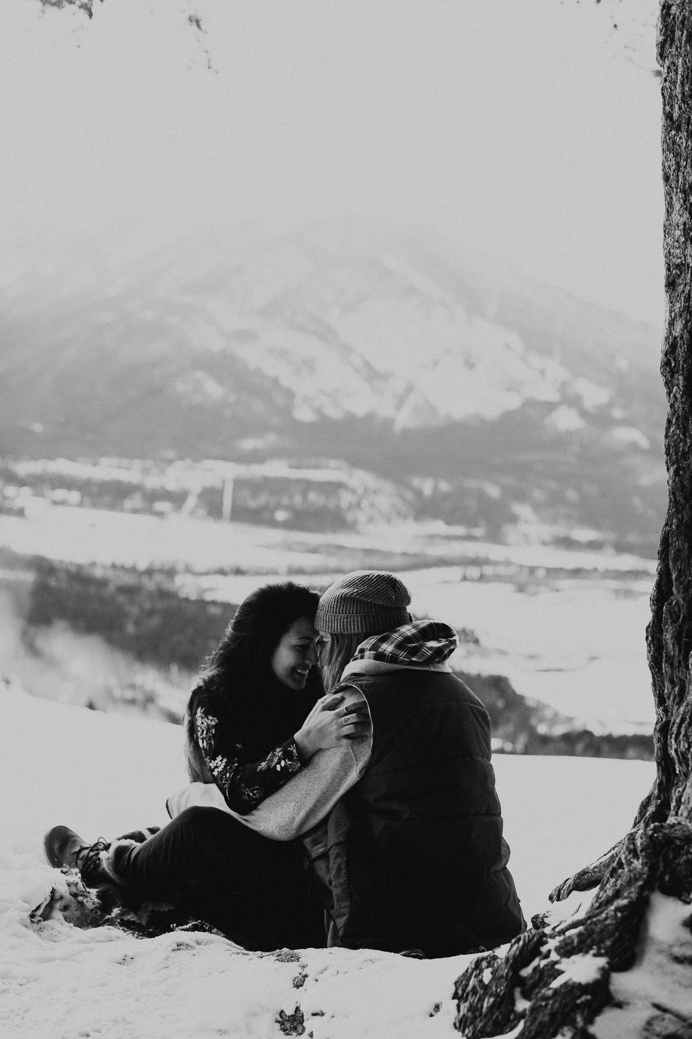 Banff Engagement Photographer - Winter Mountain Adventure Engagement Session - Michelle Larmand Photography-067