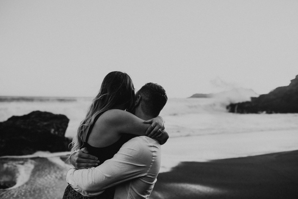 Black Sands Beach Couples Session - Michelle Larmand Photography030