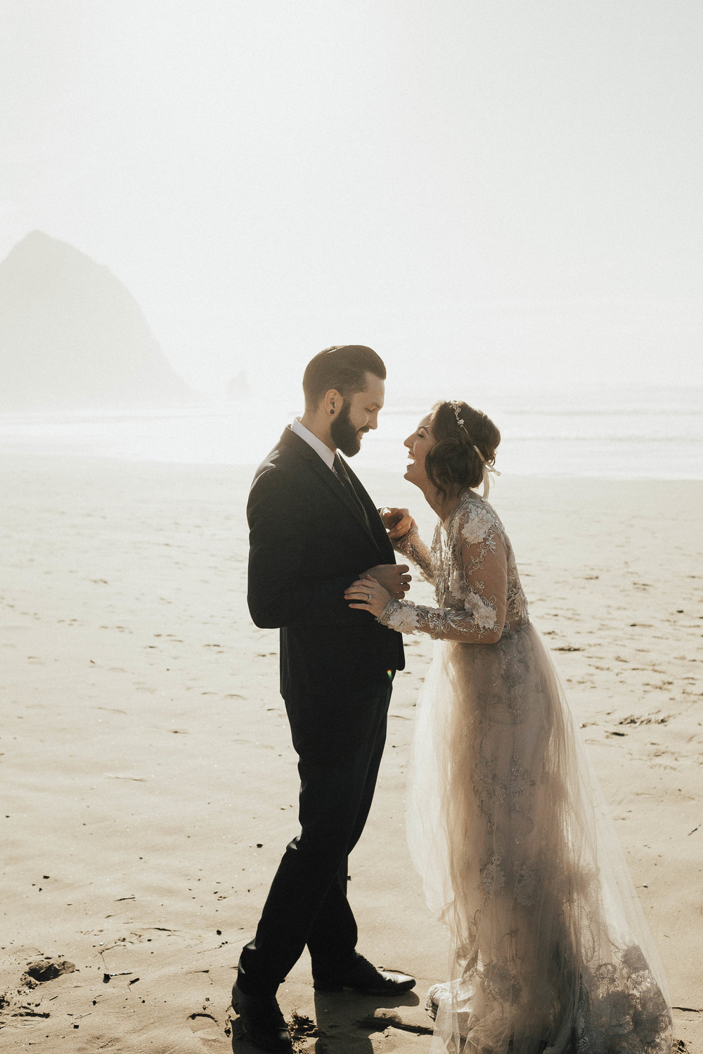 Cannon Beach Elopement - Michelle Larmand Photography - 047