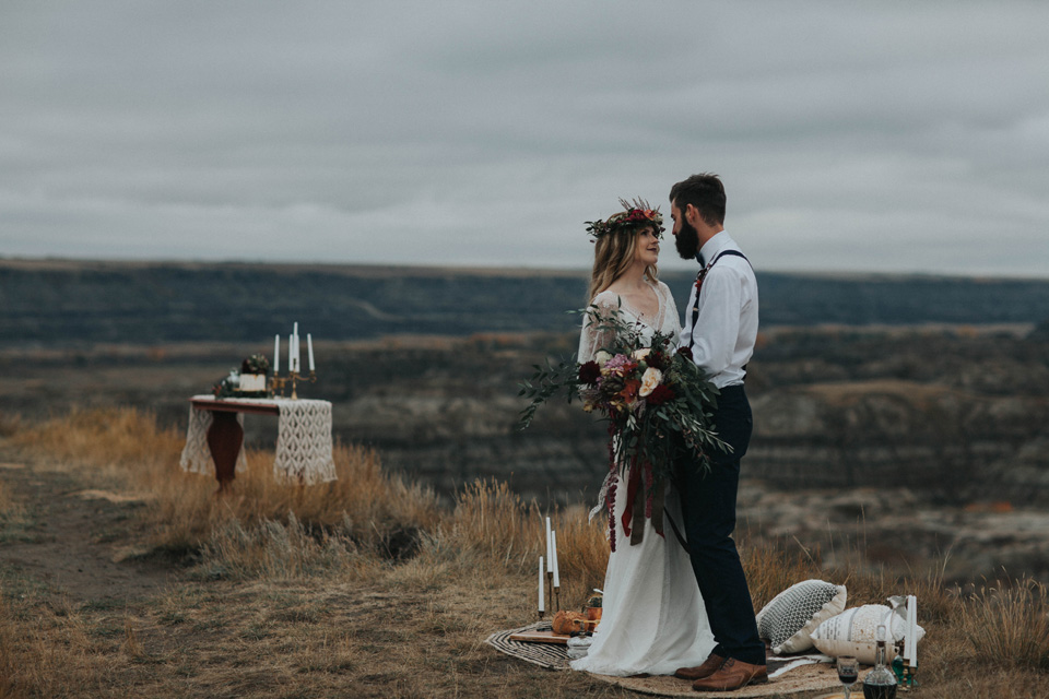 Drumheller Vow Renewal Elopement - Michelle Larmand Photography026